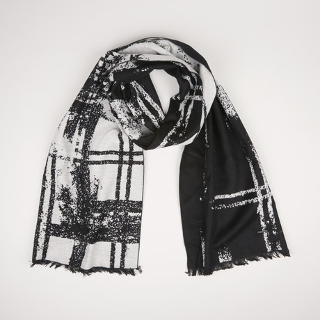 Lotus Check Scarf 412 // Black 003
