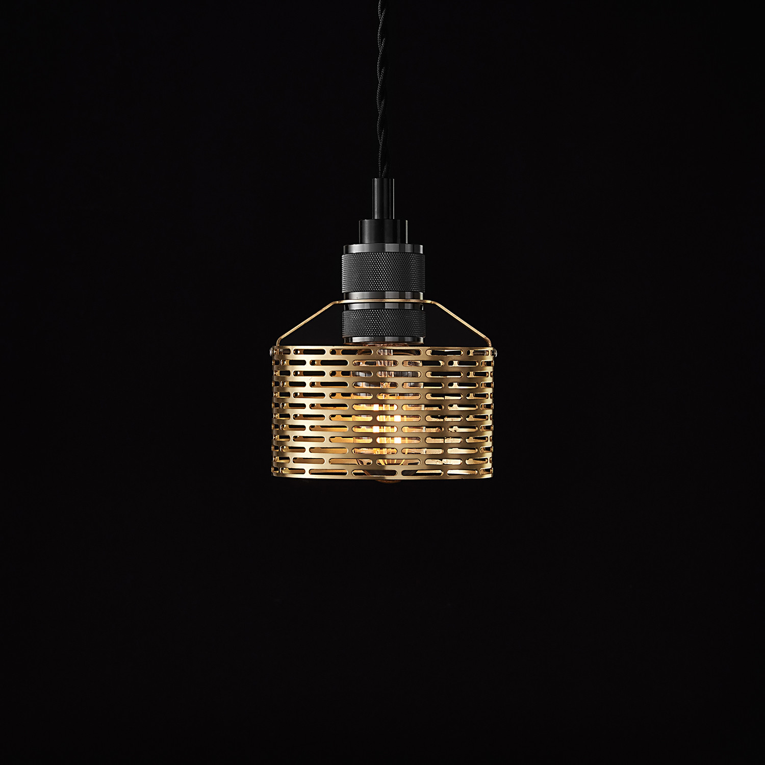 Halo Pekota Pendant // Brass + Black Chrome (1 Bulb ...