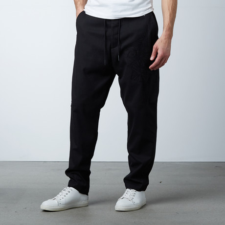 Caile Carrot Long Pant // Black (XS)