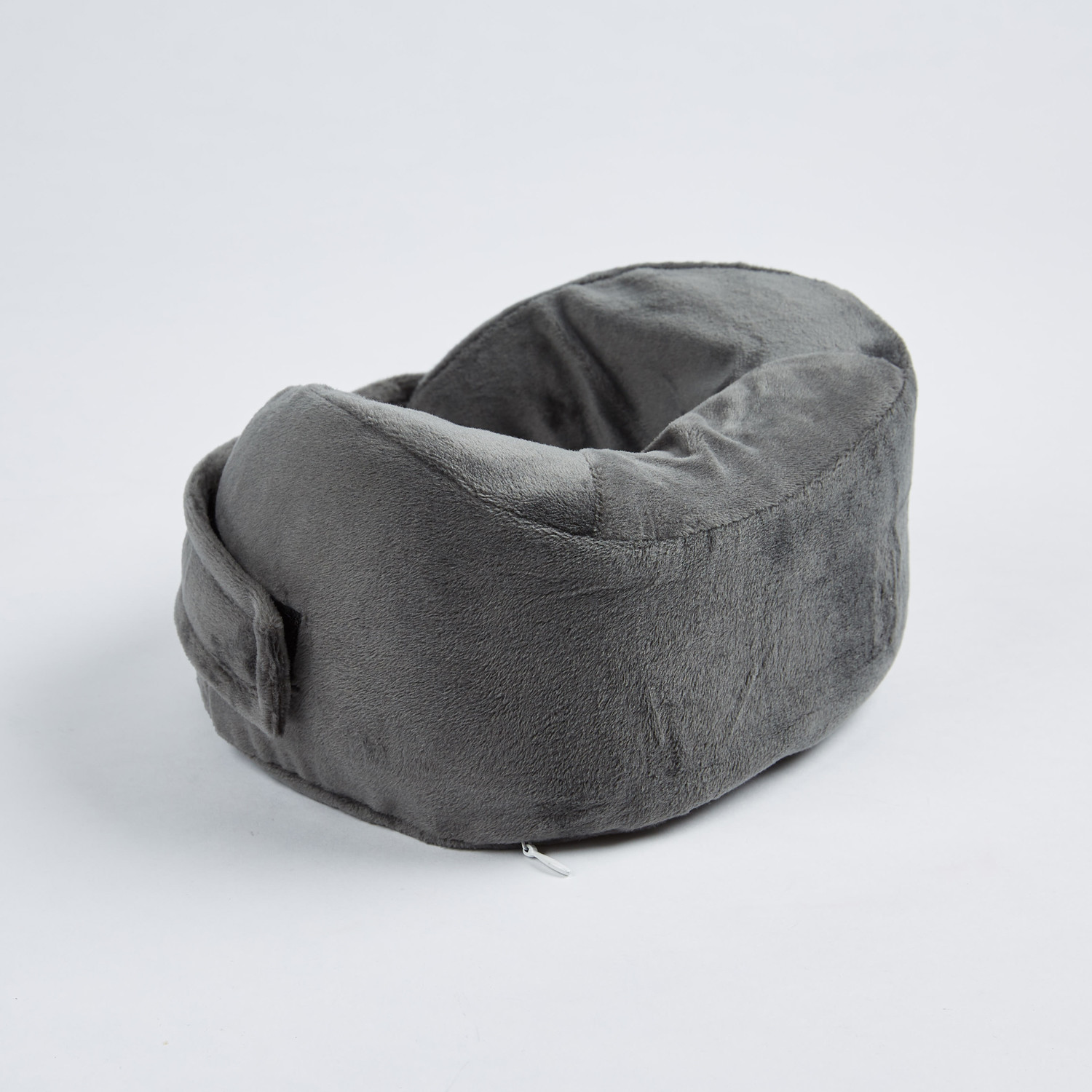 Tate Modern Travel Pillow : Travel Pillow // Grey - HandyCosy - Touch of Modern
