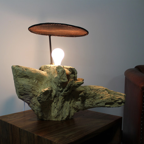 Natural Root Lamp With Mesh  // Bleached