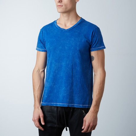 Mineral Wash V-Neck // Royal (XS)