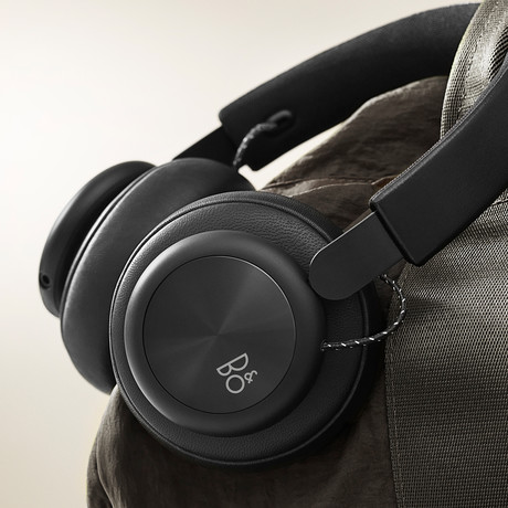 BeoPlay H4 (Black)
