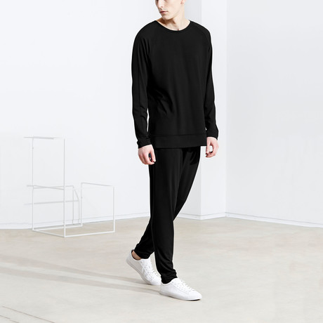 Long Sleeve T-Shirt // Solid Black (S)