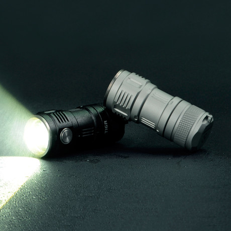 LED Flashlight // T16R // 380 Lumens