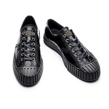 Low Top Lace-Up Patent Sneaker // Black (Euro: 39)