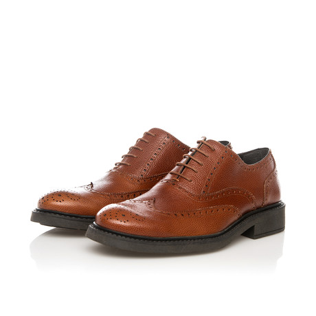 Brogue Oxford // Walnut (Euro: 39)