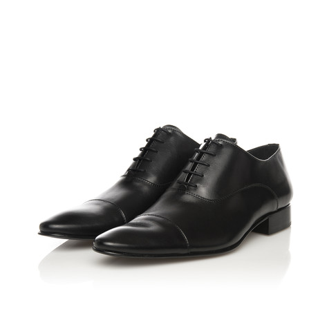 Toe-Cap Lace-Up Classic Shoe // Black (Euro: 39)
