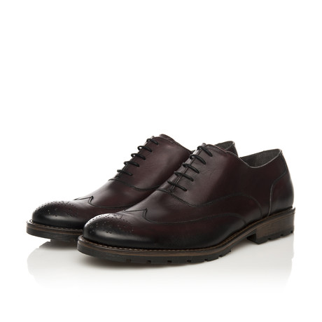 Oxford // Wine Smoked (Euro: 39)
