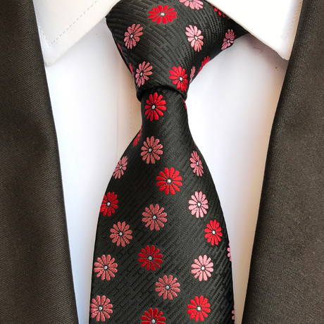 Haas Tie // Black + Red