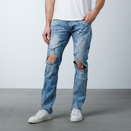 Blown Out Knee Jean // Light Blue (30WX32L)