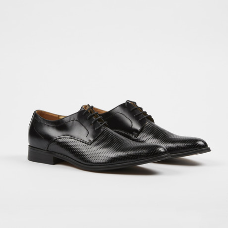 Textured Leather Oxford // Black (US: 6)