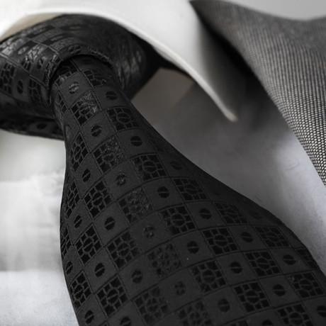Tie // Solid Black Check