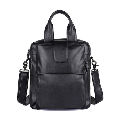 Neuman Sling Shoulder Bag // Black