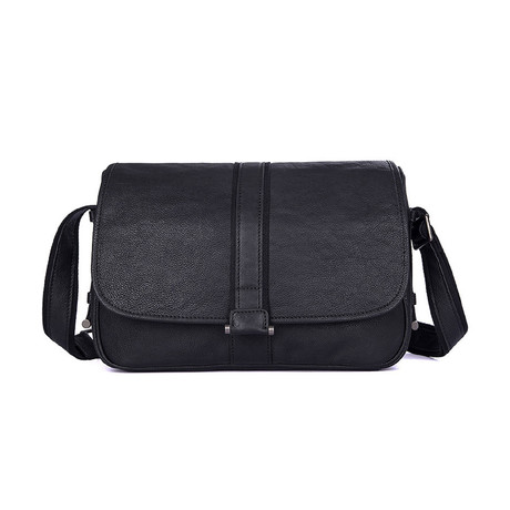 Arrison Leather Shoulder Bag (Black)