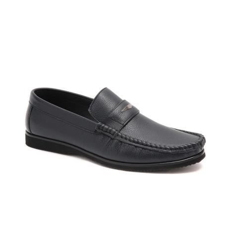 Kemp Shoe // Navy Blue (Euro: 40)