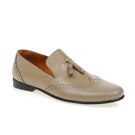 Georgio Loafer // Beige (Euro: 39)