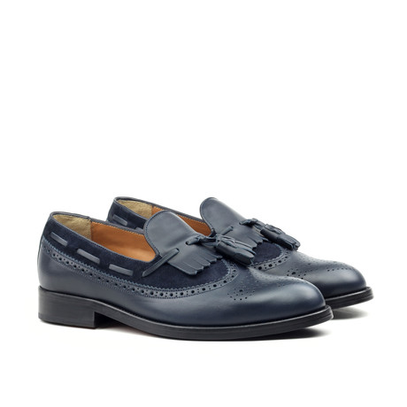 Tassel Brogue // Navy (Euro: 39)