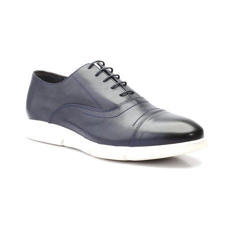 Carter Shoe // Dark Blue (Euro: 40)