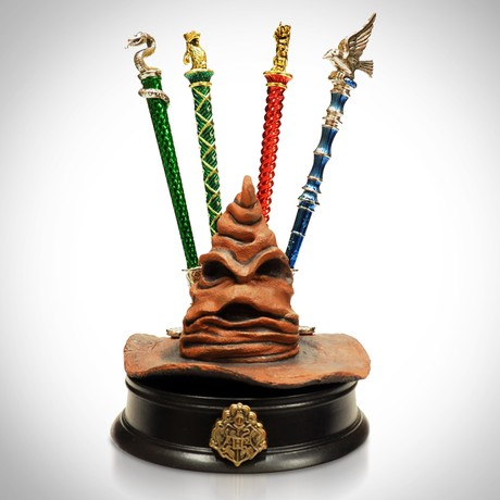 Harry Potter // Sorting Hat With Gold Pens // Limited Edition Statue