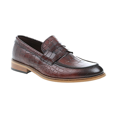 Crocodile Embossed Penny Loafer // Claret Red