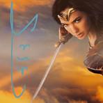 Wonder Woman // Gal Gadot Signed Photo // Custom Frame