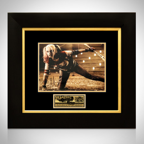 Harley Quinn // Margot Robbie Signed Photo // Custom Frame II