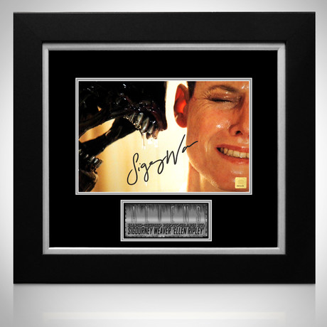Aliens // Sigourney Weaver Signed Photo // Custom Frame