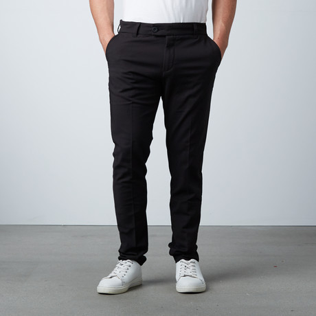 "Deluxe ""The Perfect Pants"" // Black (28WX31L)"