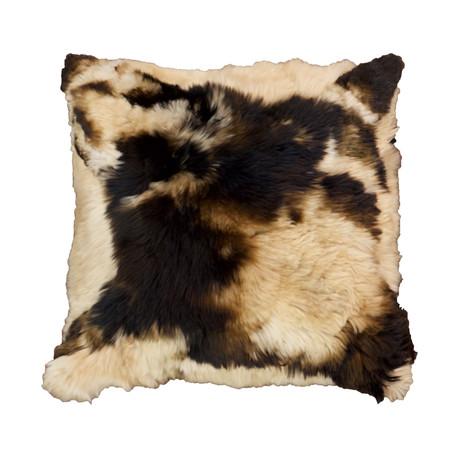 Medium Alpaca Suri Cushion Mabre (Charcoal)