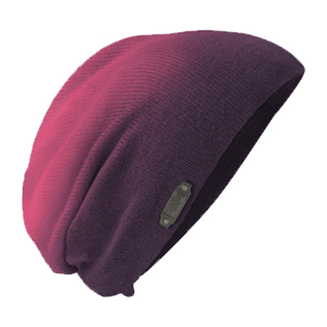 The Perfect Fit Slouch Beanie // Dip Eggplant