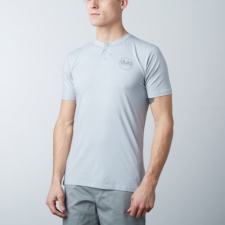 The Henley Tee // Light Blue (S)