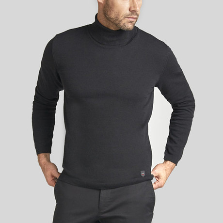 Victor Jumper // Black (S)