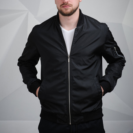 Kirdan Bomber // Black (XS)