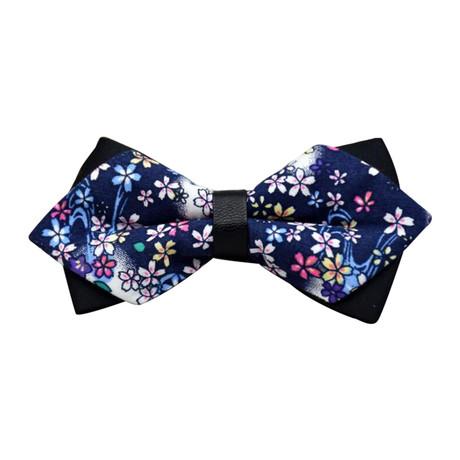 Arinaga Pre-Tied Bow Tie