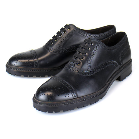Leather Brogue Pattern Oxford // Black (US: 7)