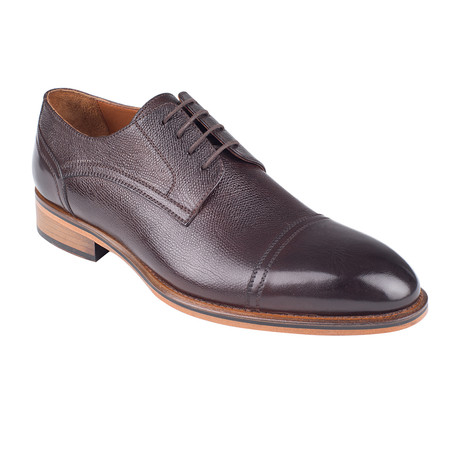Classic Oxford // Brown Antique (Euro: 39)