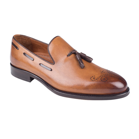 Brogue Loafer // Tobacco Antique (Euro: 39)
