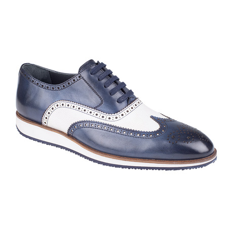 Color Block Wingtip Oxford  // Navy Antique (Euro: 39)