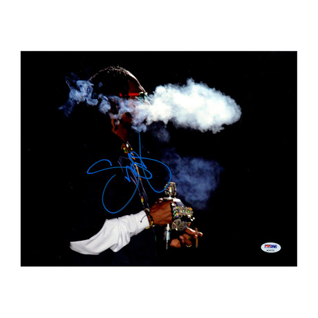 Snoop Dogg Signed Blue Jacket Photo