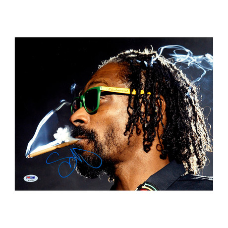 Snoop Dogg Signed Glasses Photo