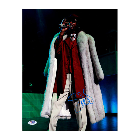 Snoop Dogg Signed White Fur Coat Photo