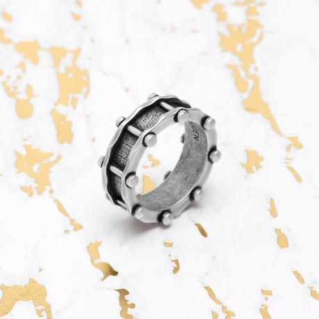 Steve Madden // Rivet Band Ring (Size 9)