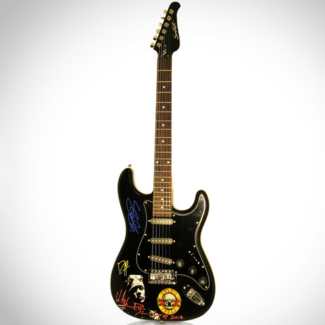 Guns N Roses // Band Autographed Guitar