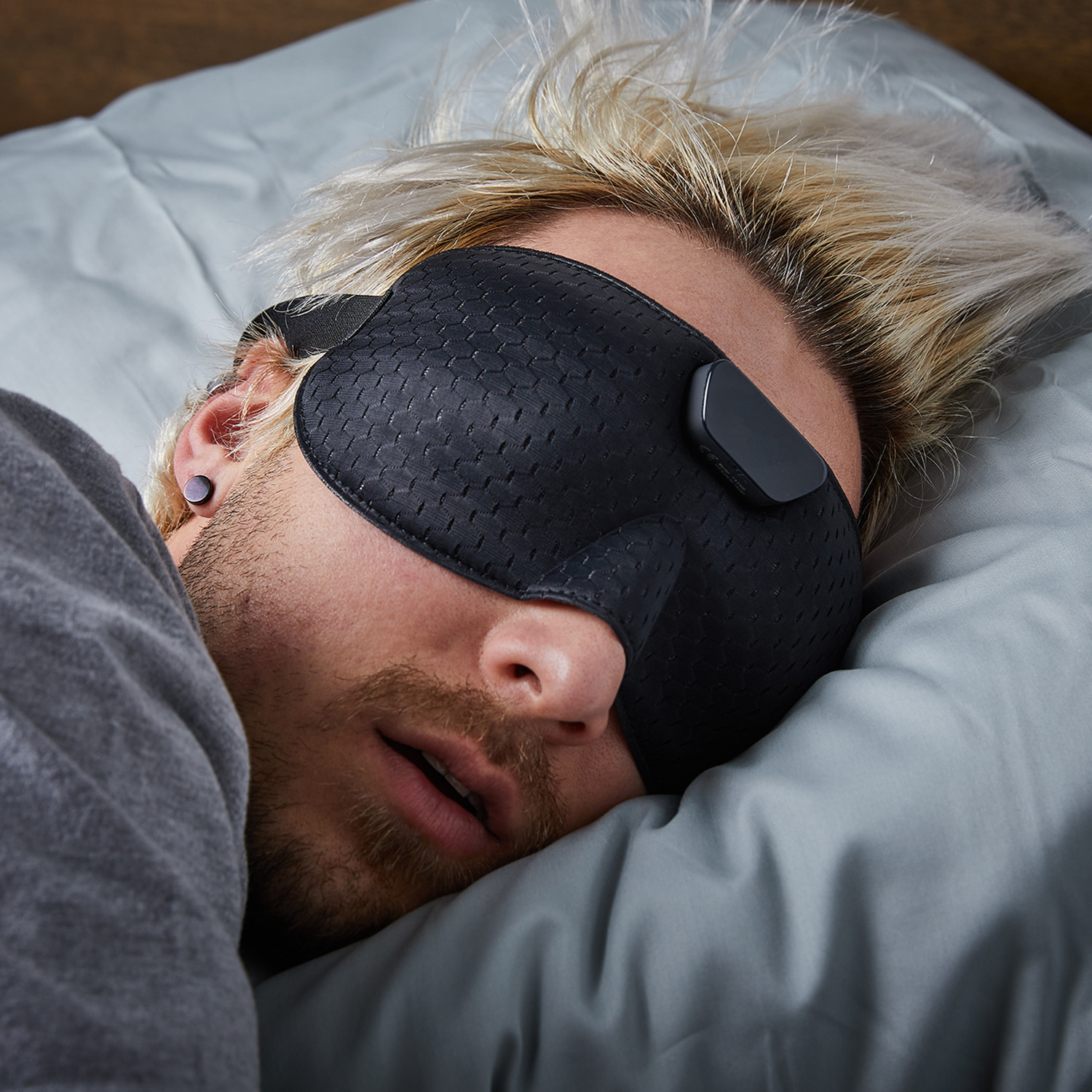 Smart Snore Eye Mask - VVFLY - Touch of Modern
