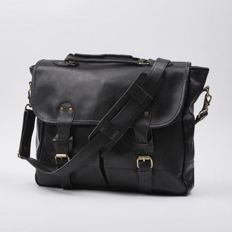 Old Fashion Belted Satchel // Black