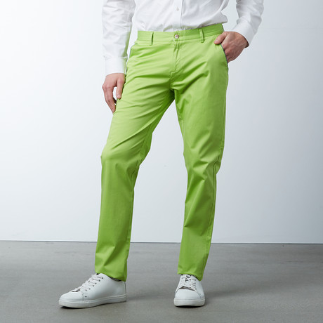 Comfort Fit Casual Chino Pant // Apple Green (30WX32L)