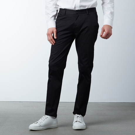 Comfort Fit Casual Chino Pant // Black (30WX32L)