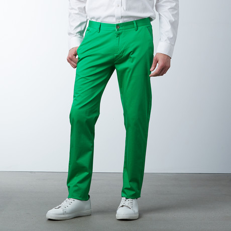 Comfort Fit Casual Chino Pant // Fern Green (30WX32L)