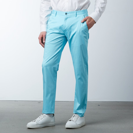 Comfort Fit Casual Chino Pant // Mineral Ice (30WX32L)